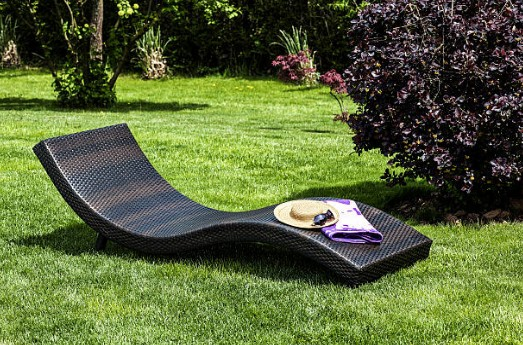 jardin-chaise-longue